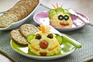 khichdiFun-Snacks-for-Kids-Fun-Egg-Breakfast